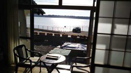 広縁より浜名湖を望む。眺望は最高です/和風貸別荘 湖庵 寸座亭