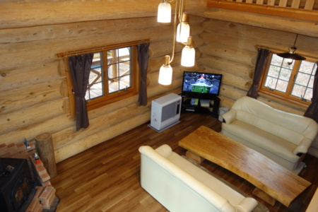 全天候型のBBQ棟付/ペットと泊まれるログハウス貸し別荘 ゆがふ