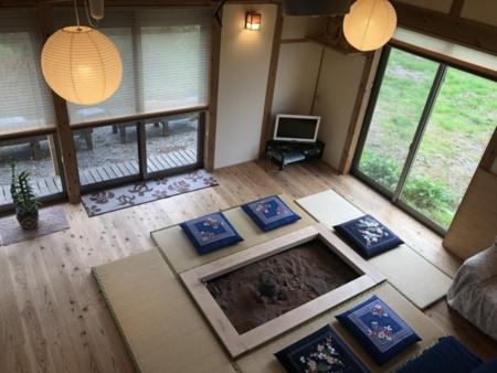 IRORI HOUSE(いろりはうす)