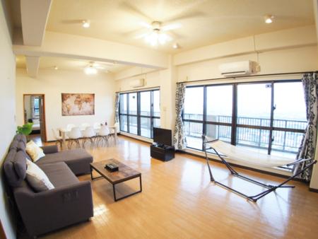 140㎡の広々した明るいお部屋☆/上江洲島テラス